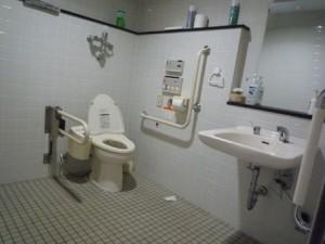 ひまわり祭り多目的トイレ