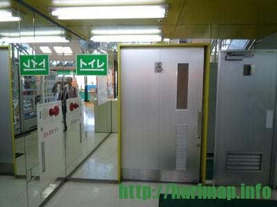 ヤマダ電機入口